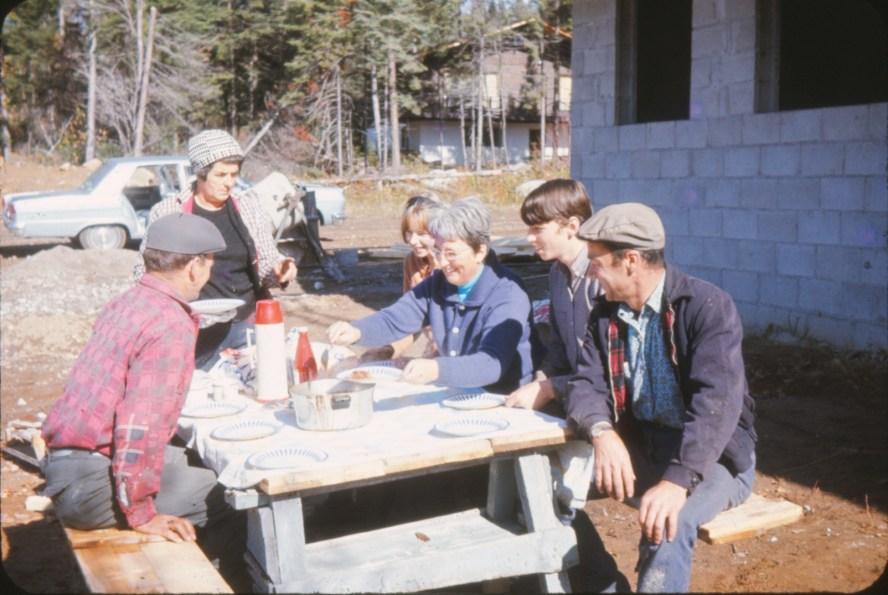 1969, Henriette la forelady du chantier à Val-David