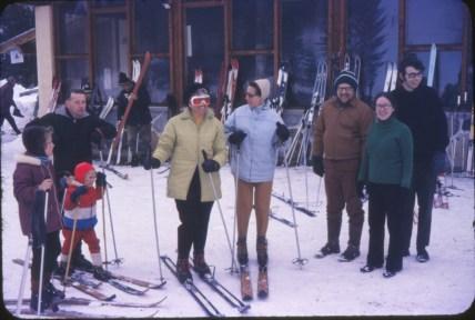 1970, approx Otto, Henriette, Anna Gruenefeld, Al Hausfather, Pauline et Bobby