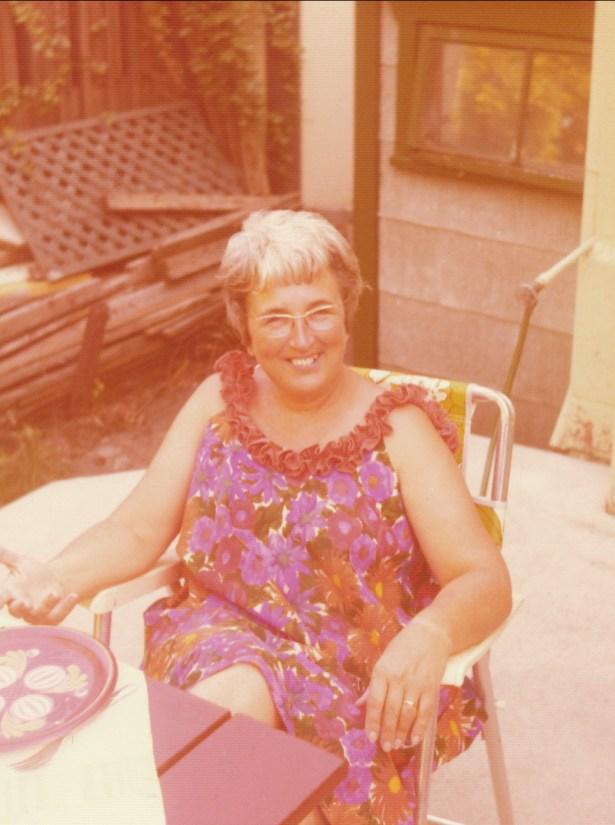 1974, Henriette