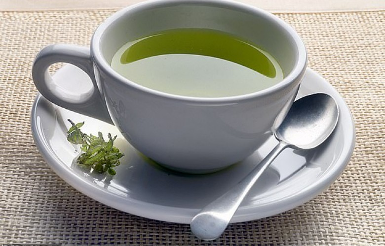 Studimi thotë se çaji i gjelbër dhe i karrotës luftojnë Alzheimerin