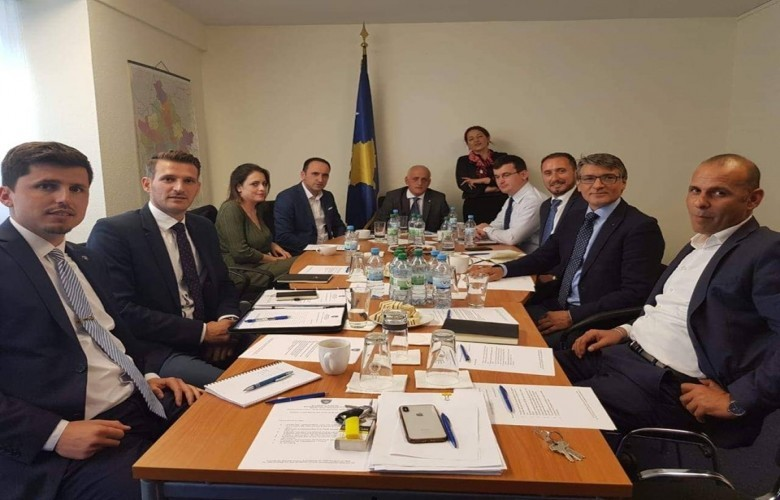 Përmirësimi i shërbimeve konsullore të Kosovës,temë diskutimi në Frankfurt