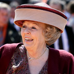 Beatrix's hat mania