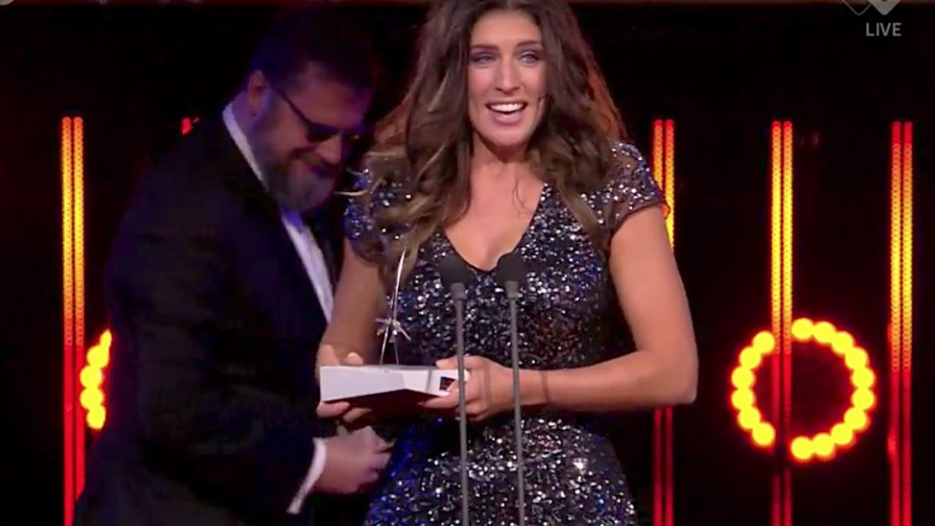 Marieke Elsinga Wint Televizier Ring Talent Award Rtl