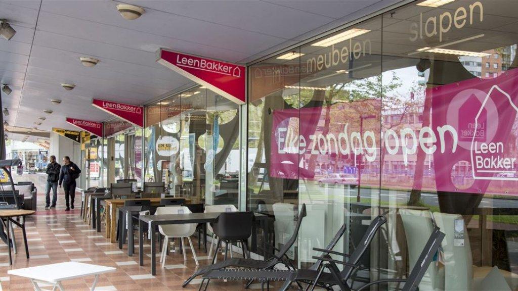 blokker verkoopt leen bakker aan gilde with goedkoop