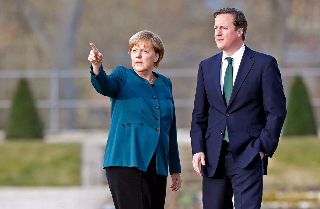 Les manoeuvres russes en Ukraine provoquent de vives réactions des dirigeants européens. [EPA/FABRIZIO BENSCH / POOL]