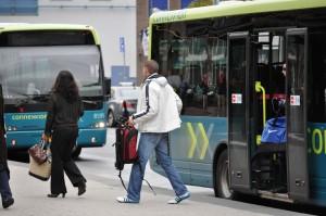 Buspassagiers bij Haarlem Station. Foto: Flickr.com/Alexander 53