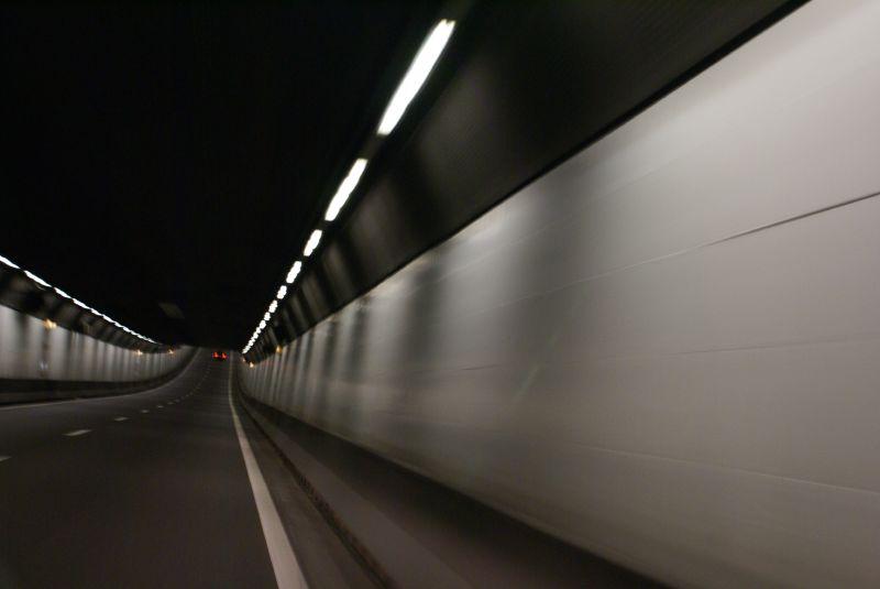 'Velsertunnel had dicht moeten zijn'