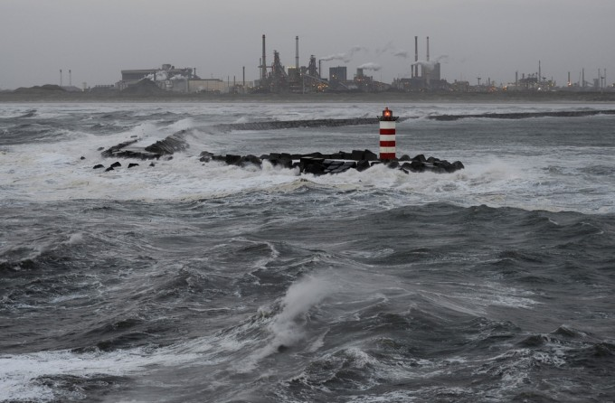 Zuidpier IJmuiden hele week gesloten