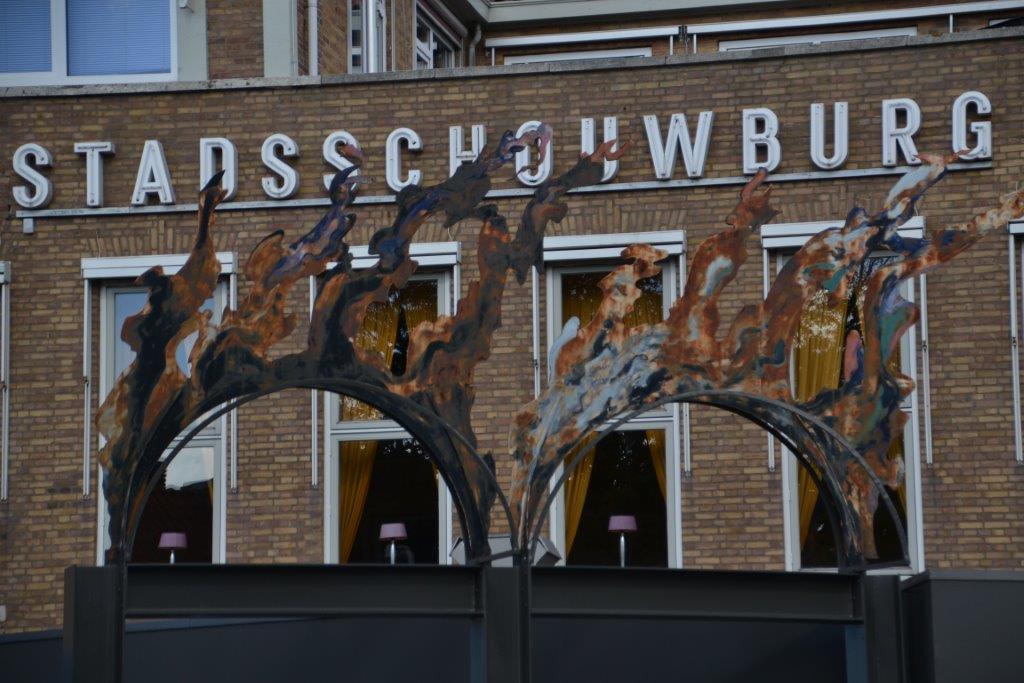 Schouwburg en kunstencentrum gesplitst