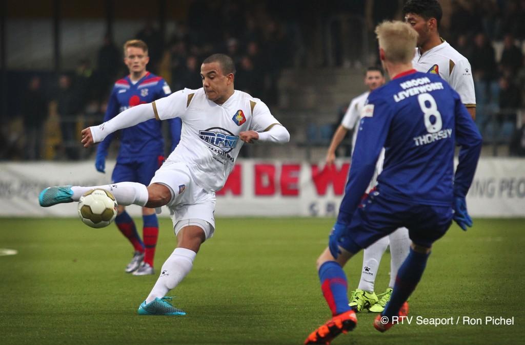 Telstar verliest oefenwedstrijd van Heerenveen