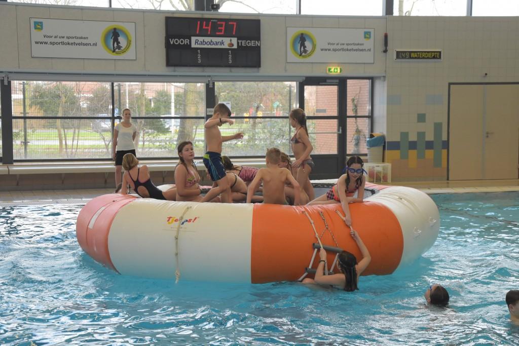 Superhelden zwembad de Heerenduinen