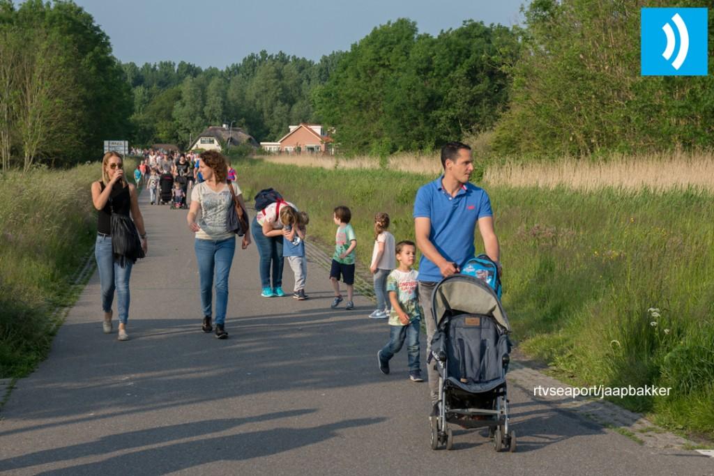 2016-05-27 Avond4daagse Velserbroek (5)