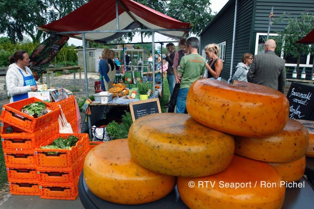 Vijfde Boerenmarkt in Santpoort