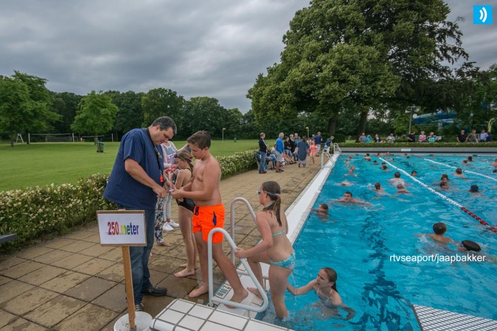 2016-07-08 Zwem4daagse laatste avond (4)
