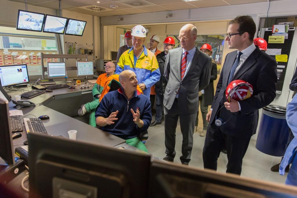 Minister Asscher bezoekt Tata Steel