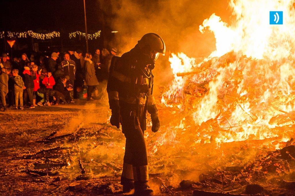 kerstbomen-verbranding-santpoort-7