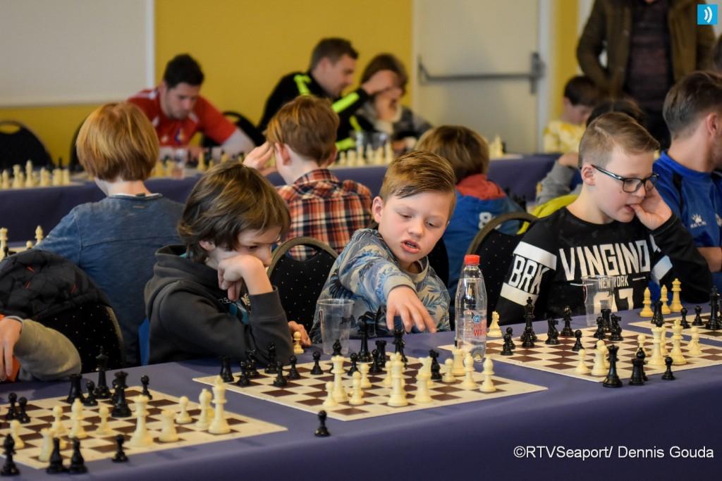 Simultaan schaken voor basisscholen (4)