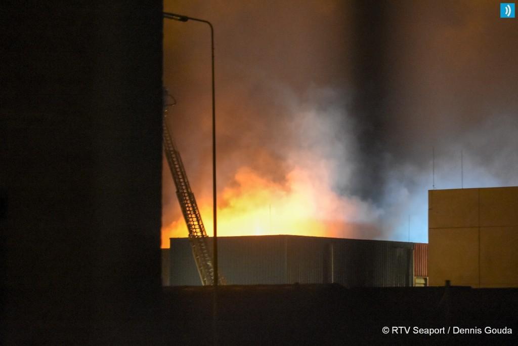 Grote brand op terrein Tata Steel