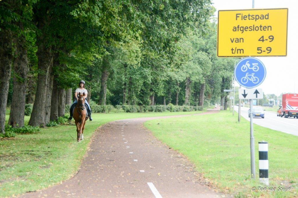 Nieuw asfalt voor twee fietspaden