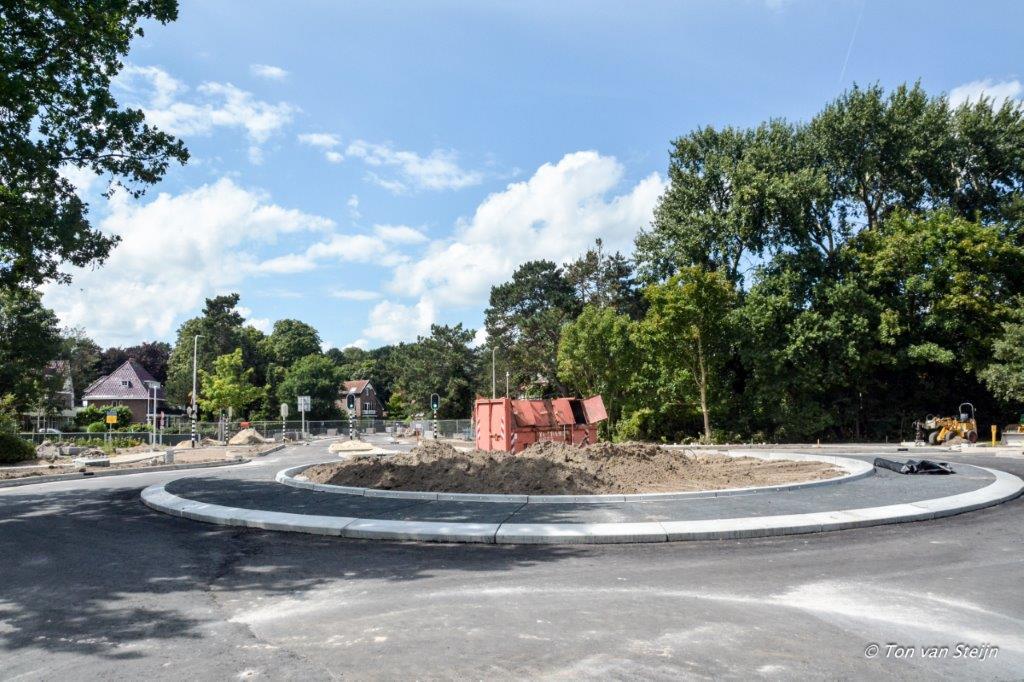 Rotonde Waterloolaan krijgt vorm