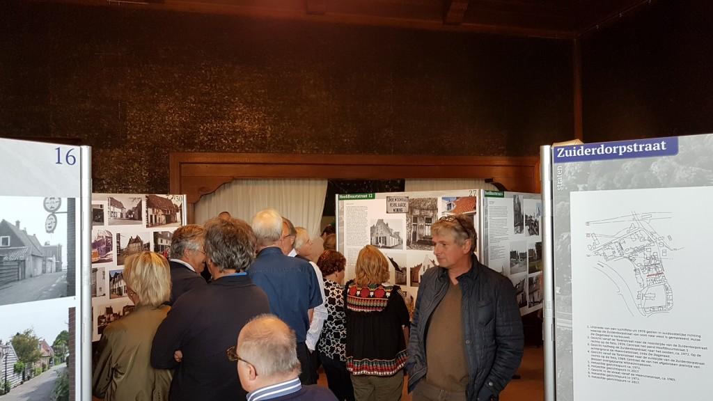 Expositie Dorp Velsen geopend