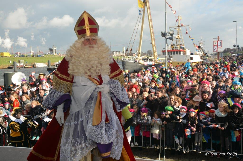 Sinterklaas aangekomen in IJmuiden