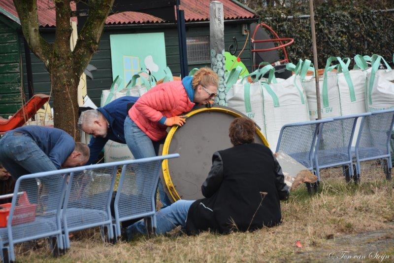 NL doet speeltuin Zeewijk (19)