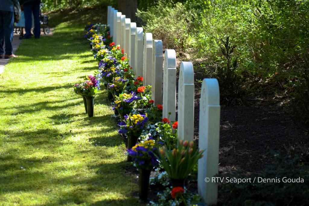 Kranslegging Begraafplaats Duinhof