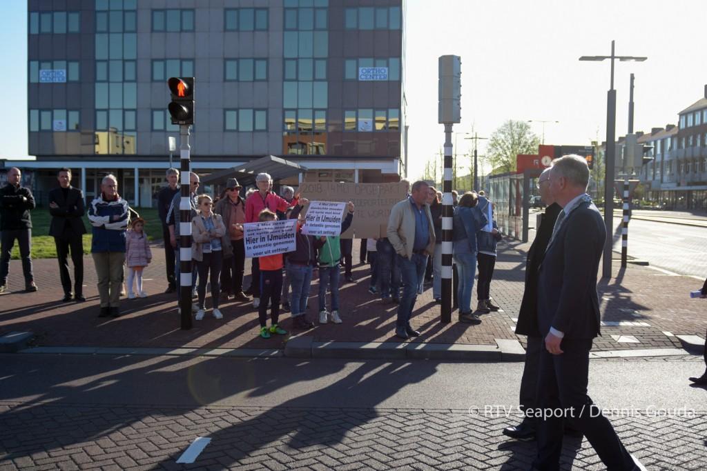 Protest tegen oppakken vluchtelingen