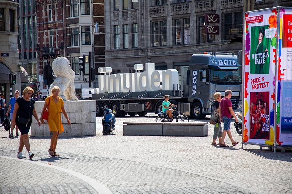 .IJmuiden-letters on tour