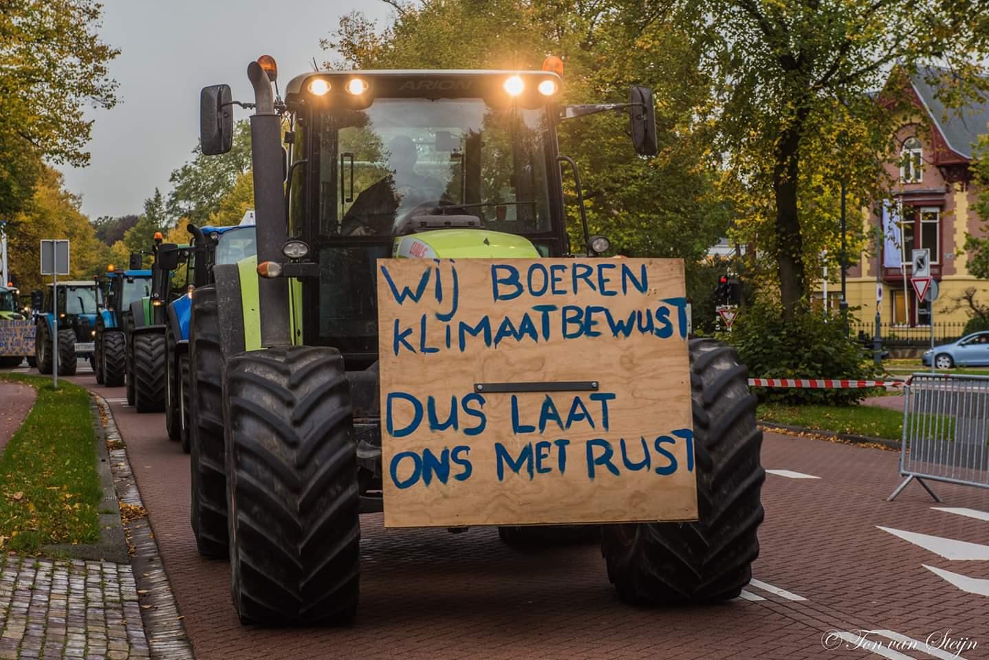 Stoet boeren langs Velsen naar Haarlem