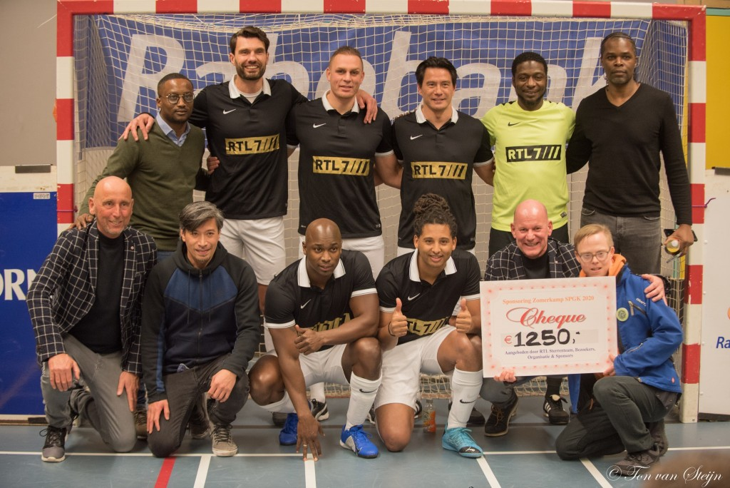 Finale Zaalvoetbal Stratenteams Velserbroek