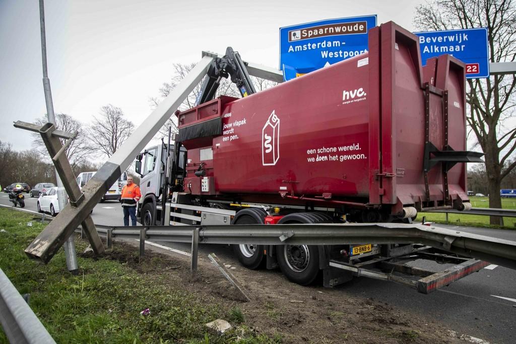 HVC vrachtwagen wegbewijzering NieuwsFoto (1)