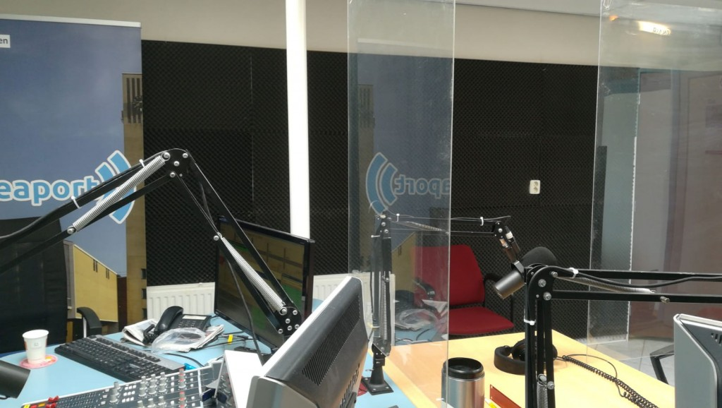 Nieuw radioprogramma 'Radio Home Alone'