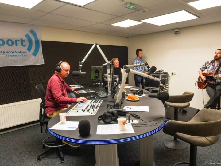 Herhaling opening nieuwe radiostudio