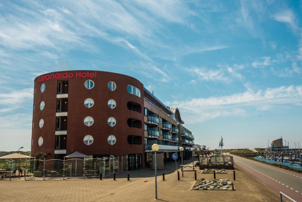 Apollo Hotel IJmuiden gaat door als  Leonardo Hotel
