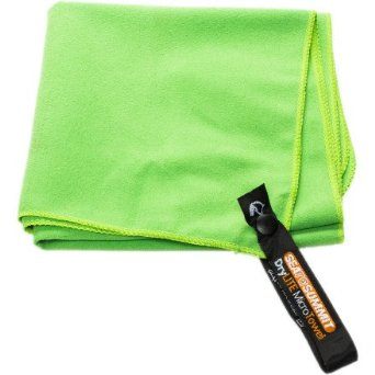Packable Towel by Sea To Summit | www.rtwgirl.com
