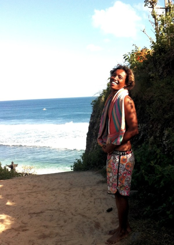 Hire A Surf Guide In Bali   rtwgirl