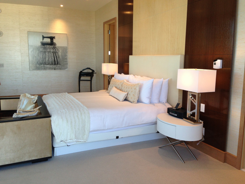 Cosmopolitan Suite Las Vegas | www.rtwgirl.com