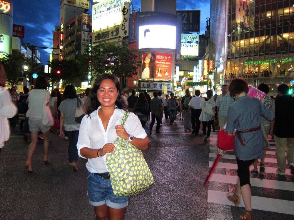 Shibuya Selfie - Round The World Girl | www.rtwgirl.com