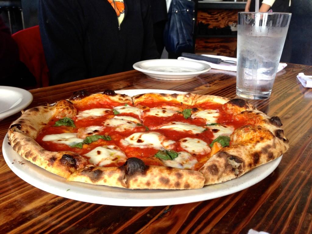 Forge Oakland Neopolitan Pizza - www.rtwgirl.com