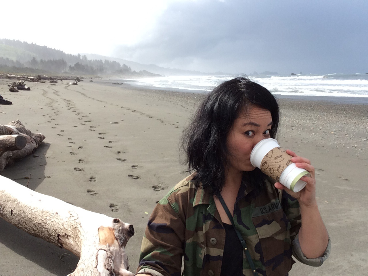 Oregon Coast Selfie - solo traveler photo tips