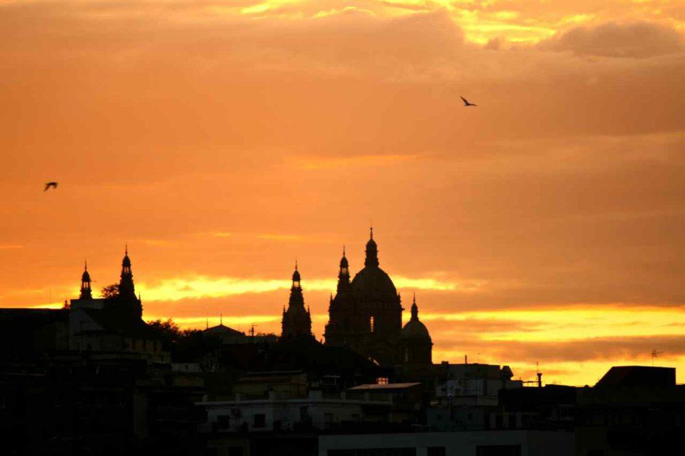 Sunset Barcelona | www.rtwgirl.com