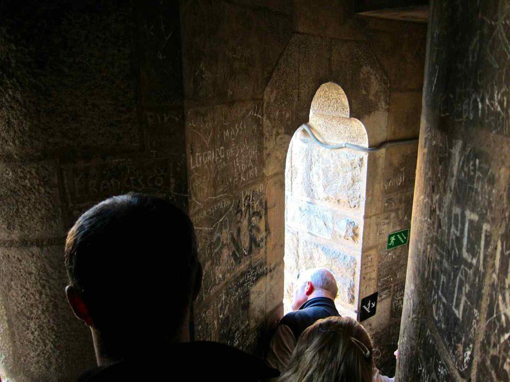 Sagrada Familia Barcelona | www.rtwgirl.com