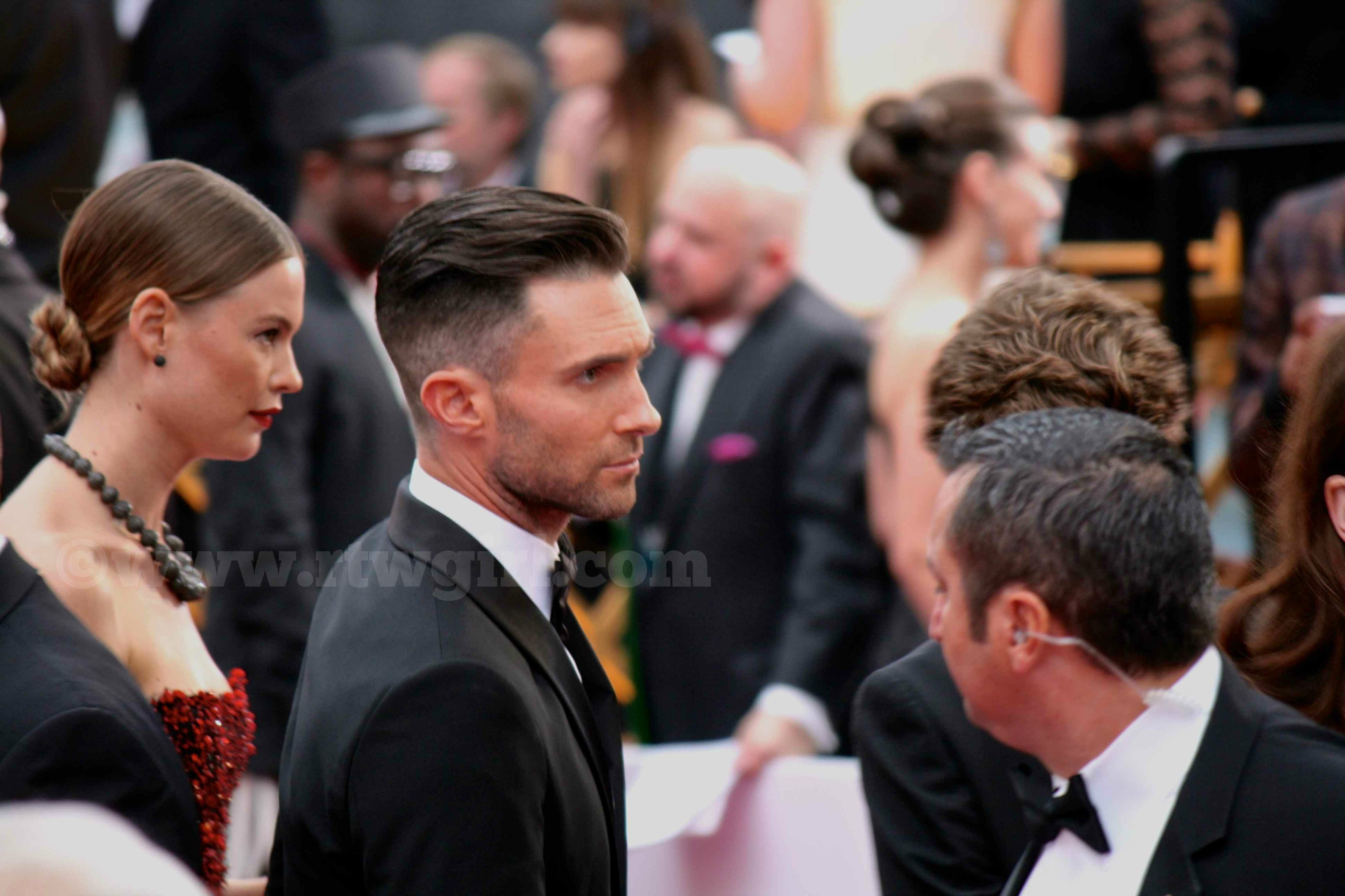 Adam Levine Behati Prinsloo Red Carpet 2015