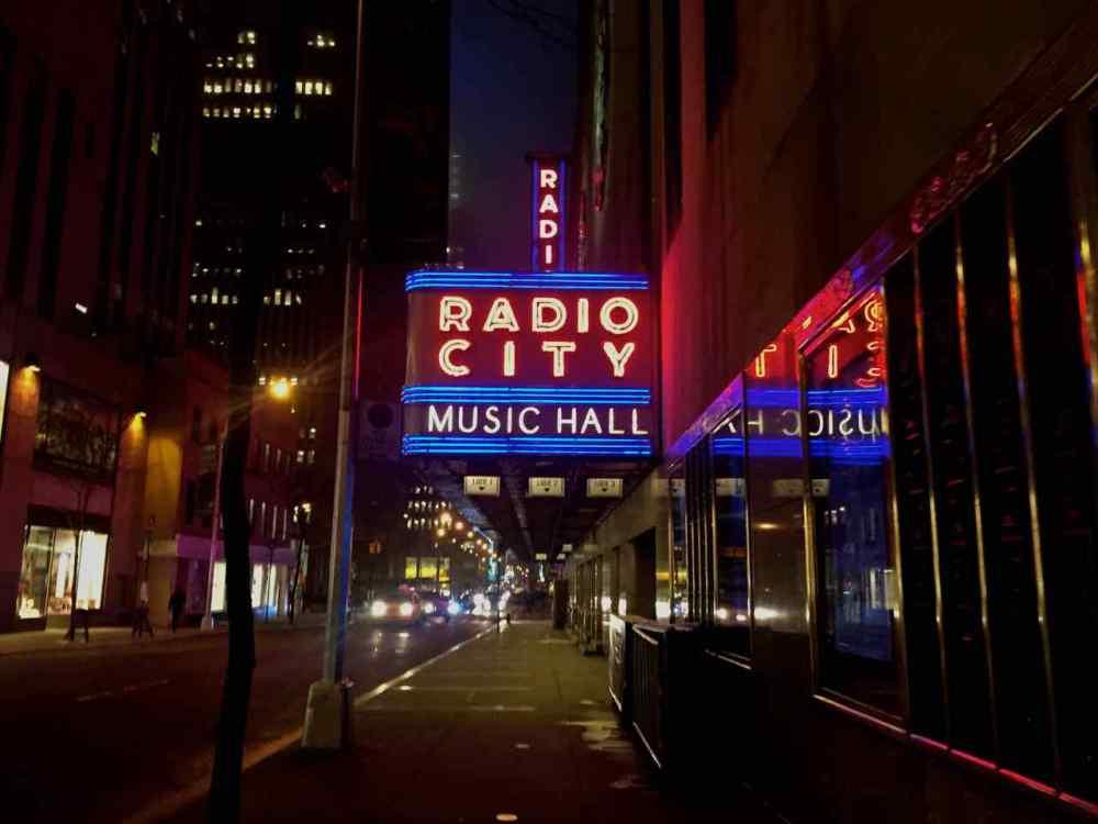 Radio City Music Hall - A New York Minute