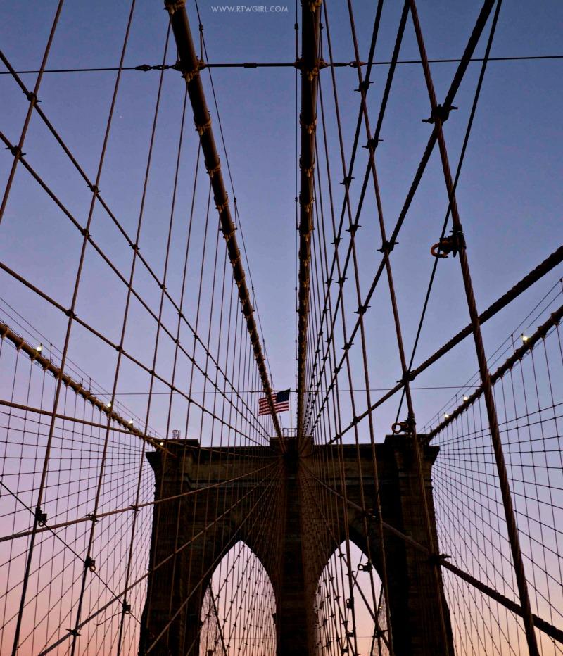 BROOKLYN BRIDGE - NYC PHOTOS | www.rtwgirl.com