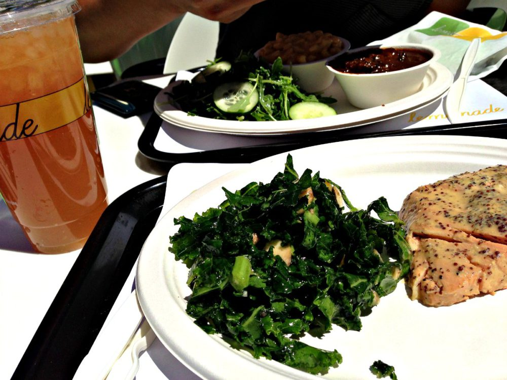 Lemonade Los Angeles Restaurants | www.rtwgirl.com