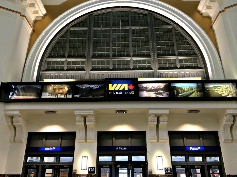 Union Station Winnipeg | www.rtwgirl.com