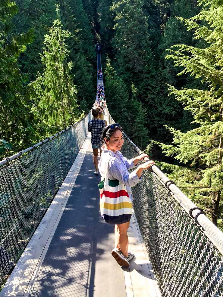 Capilano Suspenion Bridge | www.rtwgirl.com